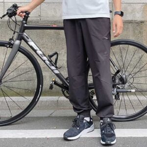 伸縮性やばっ…!スポーツブランドの「自転車用パンツ」がクセになるはきやすさ